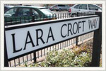 Дорога в Дерби названа в честь Лары Крофт